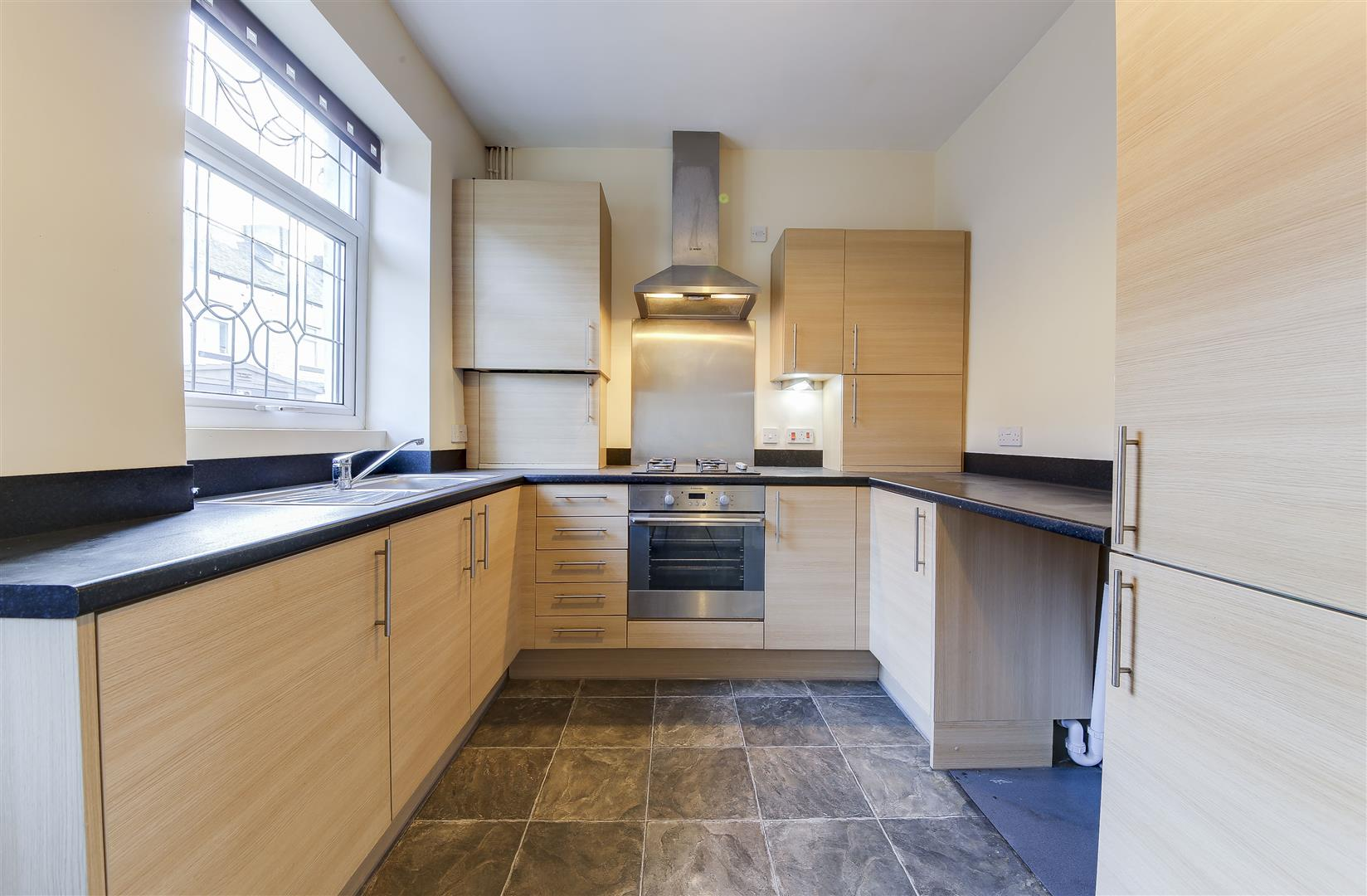 2 Bedrooms Terraced House for sale in Margaret Street, Rawtenstall, Rossendale